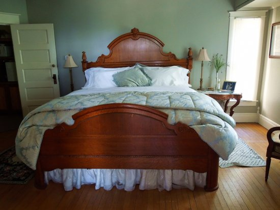 Bear Lake, MI: Lexington Room
