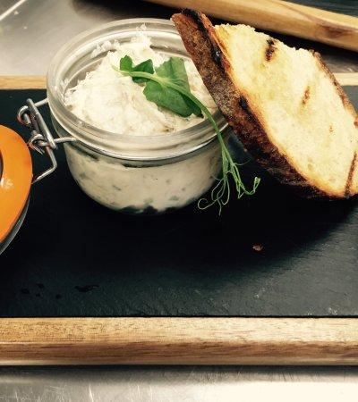 Curry Rivel, UK: Smoked mackerel pate and sourdough toast