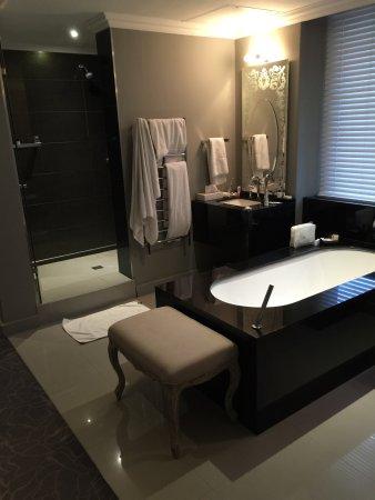 Queen Victoria Hotel: photo1.jpg