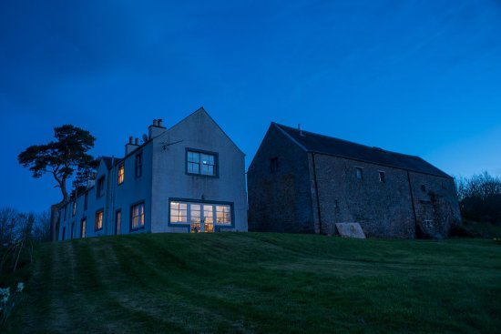 Bonchester Bridge, UK: HDR photo of the grounds in the evening.