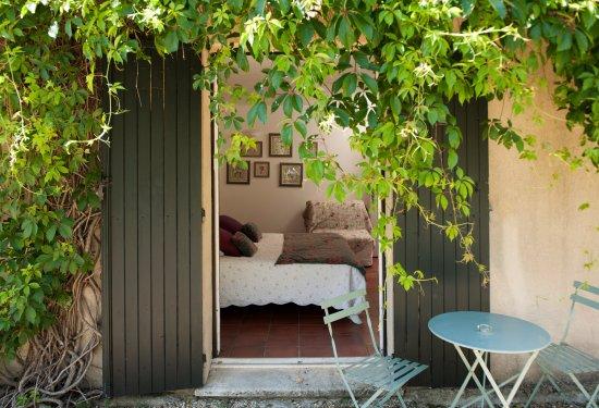 La Bastide Dou Pastre : room