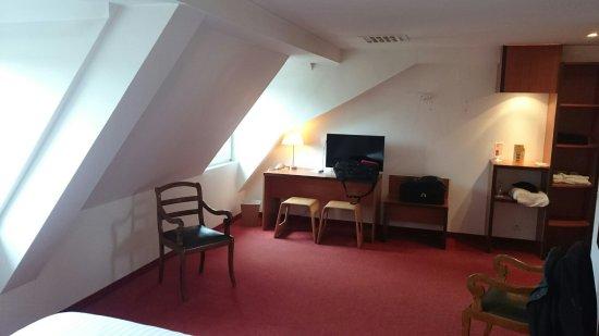 Hotel Restaurant Notre Dame: DSC_0010_large.jpg