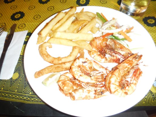 Chuini, Tanzania: lecker Essen - jeden Abend frischer Fang auf dem Teller