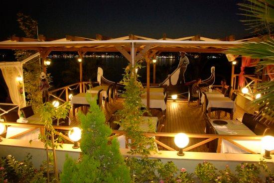棕櫚翼海灘度假酒店