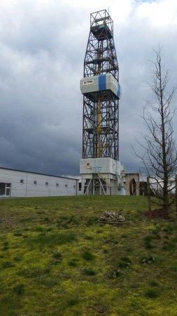 Windischeschenbach, Tyskland: Das KTB- Geozentrum: Bohrturm