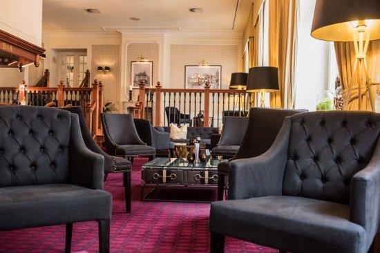 Hotel Kaiserhof: Lobby