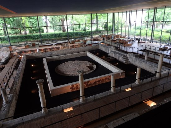 Vesunna Gallo-Roman Museum: Reproduction exacte du site