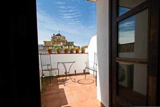 Apartamentos tur sticos los patios de la juder a desde c rdoba espa a opiniones y - Apartamentos turisticos la castilleja cordoba ...