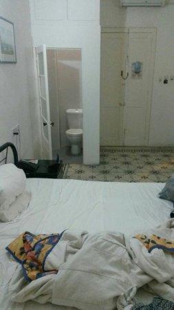Astra Hotel: IMG-20160615-WA0000_large.jpg