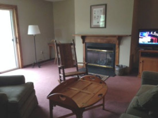 The INN at Willow Pond: The living area of our suite