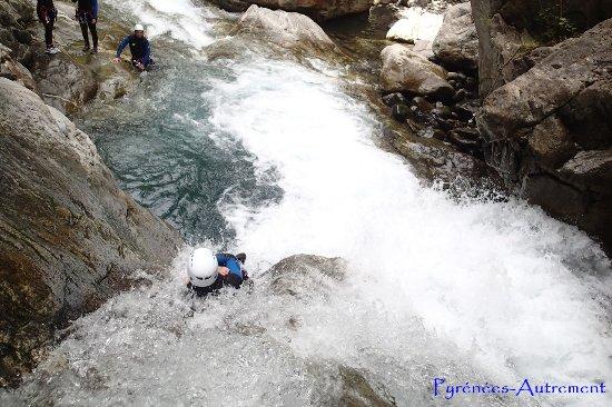 Pyrenees-Autrement