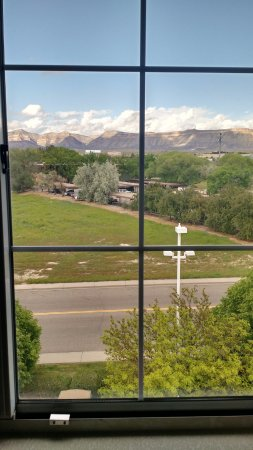 La Quinta Inn & Suites Grand Junction: View from Room 523