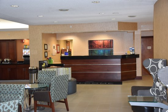 Residence Inn Dayton Troy: Newly Renovated Front Desk