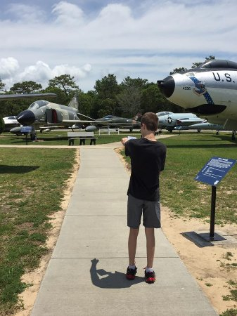 Emerald Coast Inn & Suites: Air Force Museum not far away