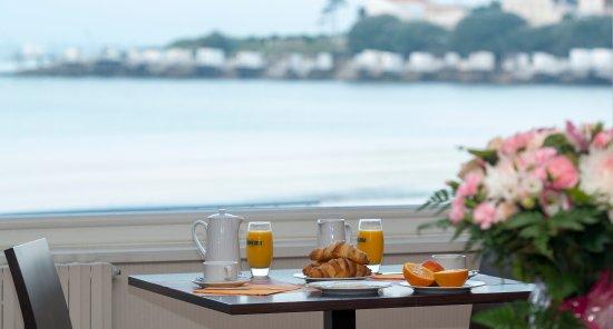 le grand hotel de la plage royan france voir les. Black Bedroom Furniture Sets. Home Design Ideas