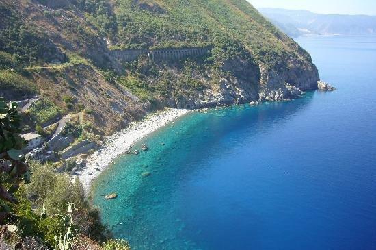 Palmi, Italia: Spiaggia la Marinella (tratto della Costa Viola)