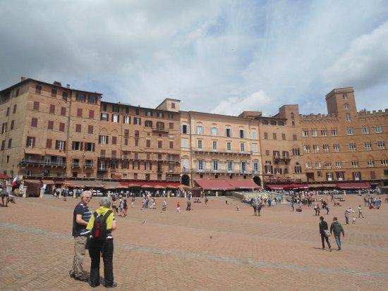 Liberamente Osteria: Piazza del Campo