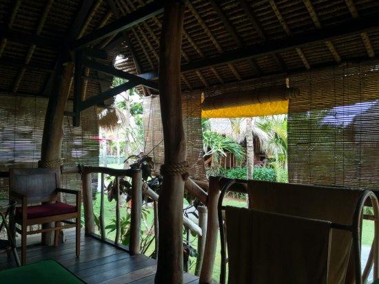 Amazing athmosphere, pool & Restaurant