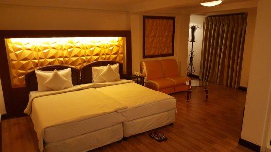 Clover Hotel Photo
