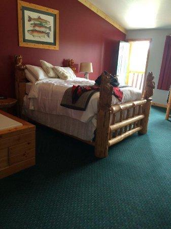 Island Park, Idaho: Large bed