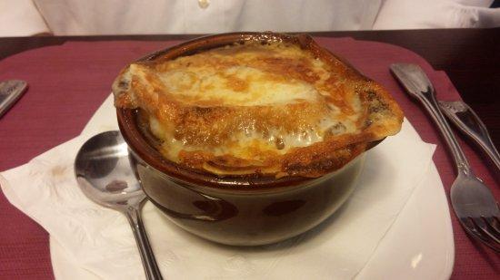 Jensen Beach, FL: French onion soup - Yum!