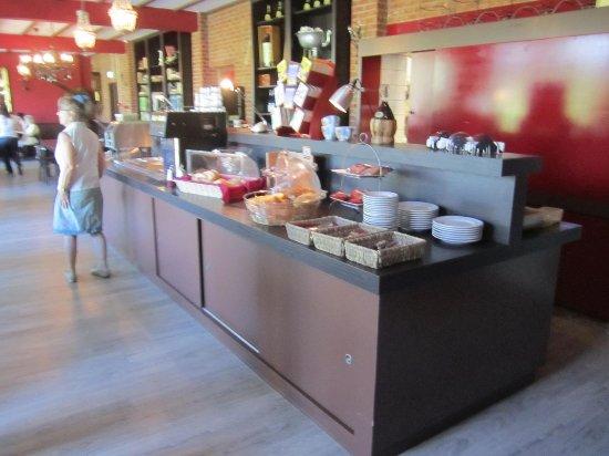 Hotel Cafe Restaurant van Saaze : Ontbijtruimte