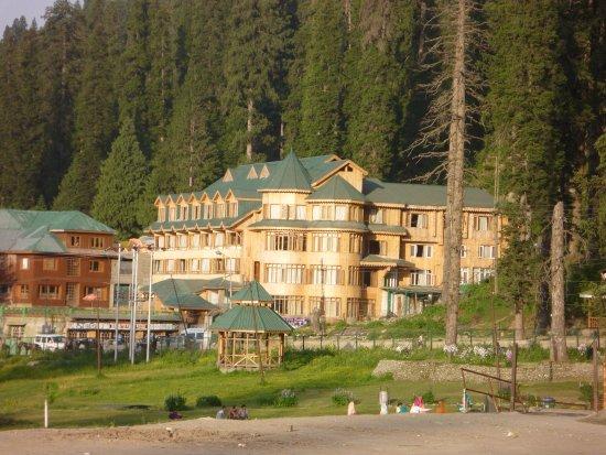 Photo of Hotel Hilltop Gulmarg
