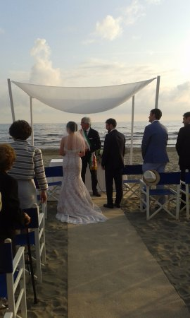 Matrimonio In Spiaggia Forte Dei Marmi : Matrimonio picture of bambaissa forte dei marmi tripadvisor