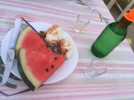 Sivas, Greece: Nachtisch