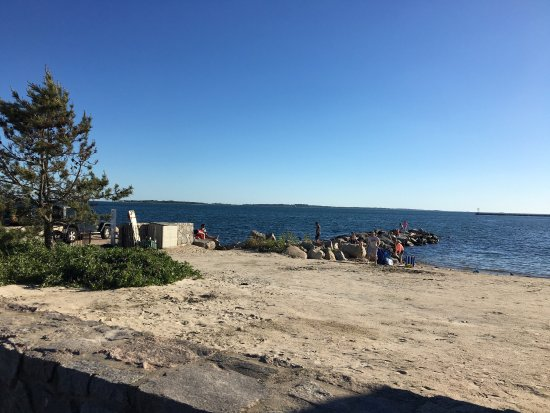 Stonington, CT: Dubois Beach