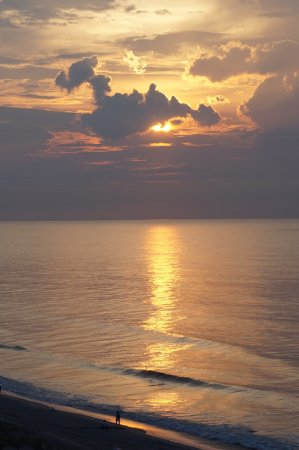 Surfside Beach Resort Photo
