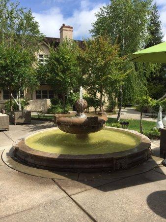 Harvest Inn by Charlie Palmer: Fountain Area rooms