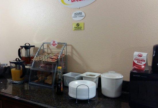 Munfordville, KY: salle pour petit déjeuner