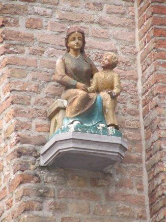 Mariabeeld de goede moeder