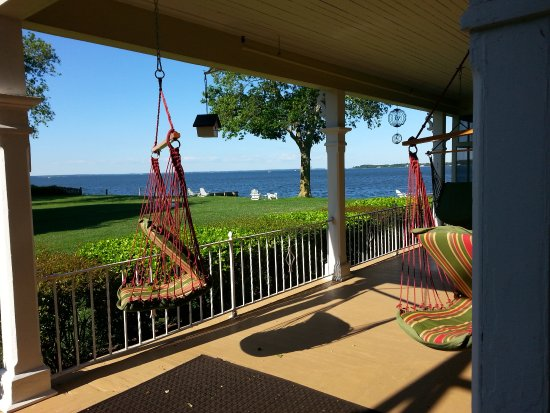 Sandaway Waterfront Lodging: View from our porch