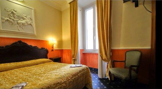 Hotel Portoghesi: Our Third Floor Room.