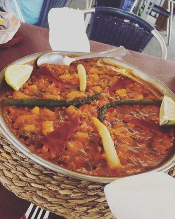 Bar Virtudes: Lovely paella