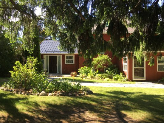 Ste. Anne's Spa: Haldiman East Cottage, peaceful and charming