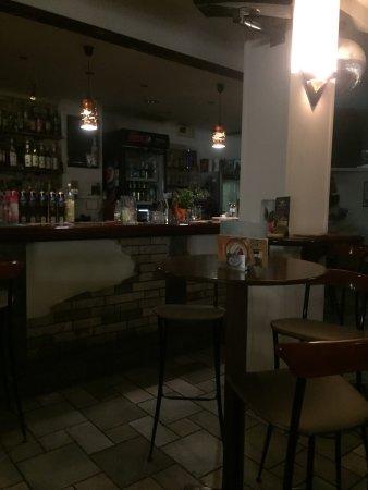 Visions Bar: photo1.jpg