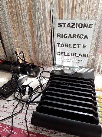 la station di ricarica tablet e cellulari