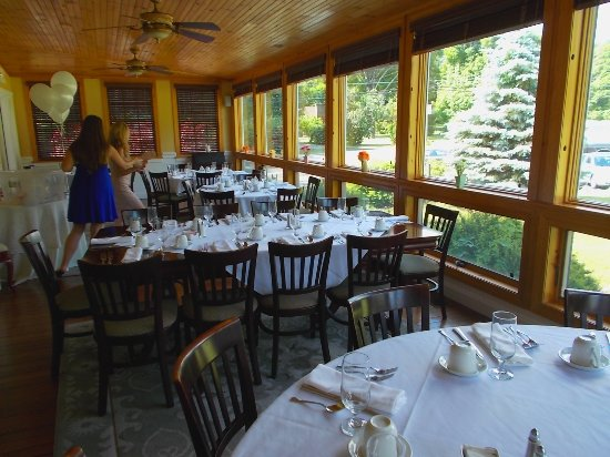 Rip Van Winkle Country Club Palenville NY has excellent dining