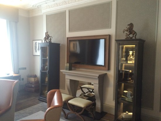 The Principal Edinburgh George Street: Suite Sitting Room Part 15