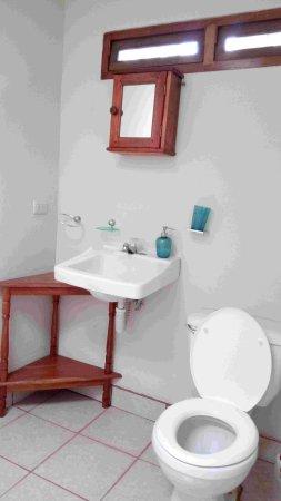 Jinotepe, Никарагуа: Salle-de-bains grand bungalow