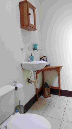 Jinotepe, Никарагуа: salle-de-bains petit bungalow