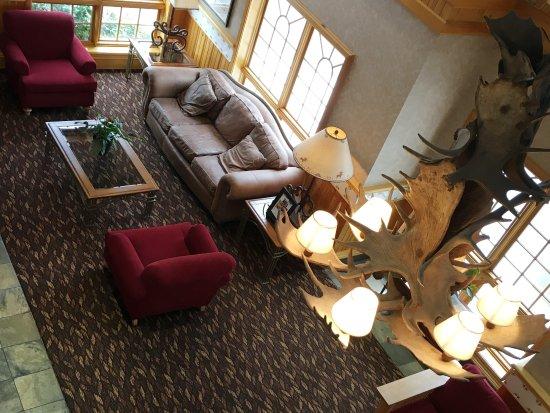 Holiday Inn Express & Suites Elko : Lobby