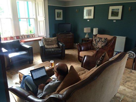 Kirkton of Glenisla, UK: Glenisla Hotel
