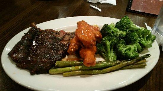 Roger Brown's Restaurant & Sport Bar: 20160611_192819_large.jpg
