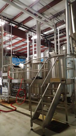 Collingwood Brewery: Beer... just where the store is