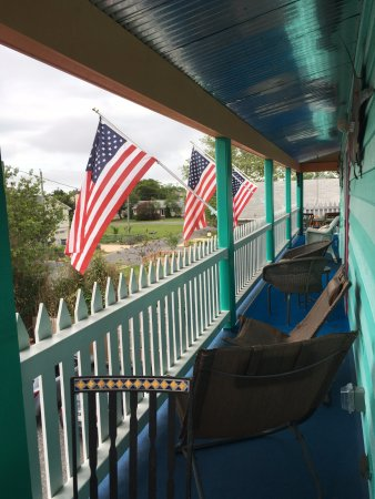 The Blue Water House: Veranda outside Key West room