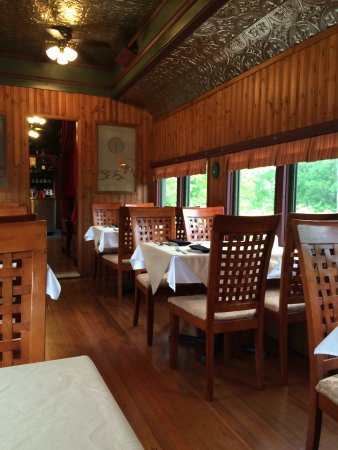 Train Station Inn: Train cars are really well done, from the inside look a standard cottage. Dining car is very ret
